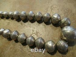 19 JOYFUL Old Pawn Navajo Graduated Sterling PEARLS Bench Made Bead Necklace