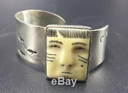 Denise Wallace Hand Made Sterling Silver Seal Hunt Design Fossil Cuff Bracelet