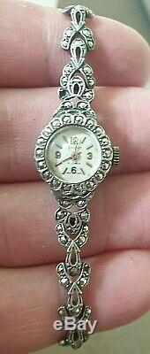 Ladies solid silver Accurist watch, 21 jewels swiss made vintage antique