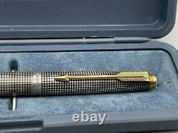 Parker 75 CISELE Fountain Pen Sterling Silver Made in AUSTRALIA 14K fine nib
