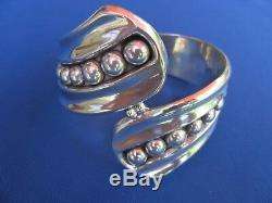Vintage 1960s Taxco Mexico sterling silver bypass bead work hand made bangle