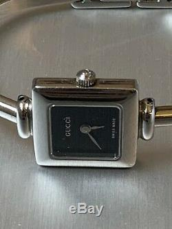 Womens Gucci Sterling Silver Watch 1900L Swiss Made Needs Batteries AS IS